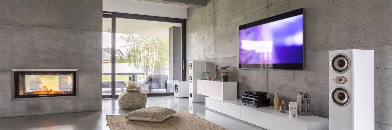 OLED tv aan de muur