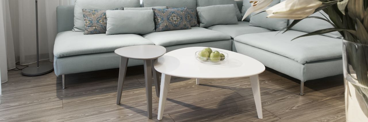 Salontafel bij bank - trend 2 salontafels bij elkaar