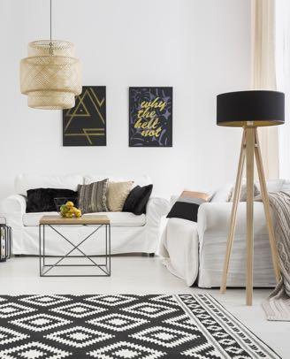 Verlichting woonkamer, staande lamp en hanglamp